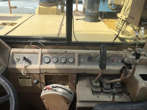 1988 Caterpillar 657E Motor Scraper Cab View