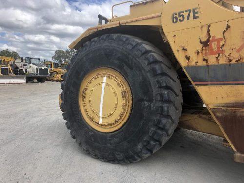 1988 Caterpillar 657E Motor Scraper Tyre View